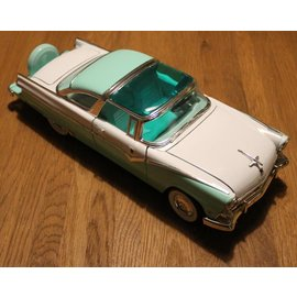 Ford 92138 1955 Ford Fairlane Crown Victoria (Massstab 1:18)