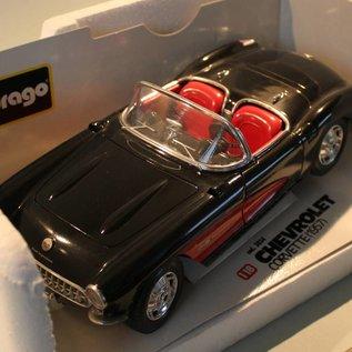 Burago 3034 1957 Chevrolet Corvette (schaal 1:18)