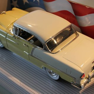 Ertl Collectibles 8110 American Muscle 1955 Chevrolet Bel Air (Massstab 1:18)
