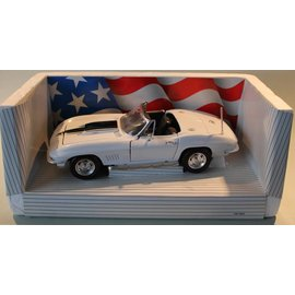 Ertl Collectibles 7491 American Muscle 1967 Corvette L-88 (schaal 1:18)