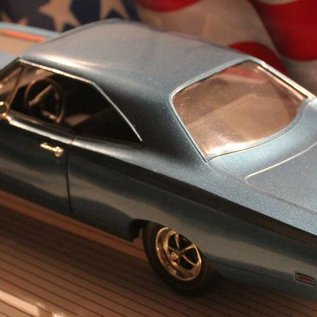 Ertl Collectibles 7384 American Muscle 1969 Plymouth Road Runner (scale 1:18)