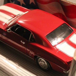 Ertl Collectibles 7455 American Muscle 1969 Camaro Z/28 (scale 1:18)