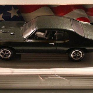 Ertl Collectibles 7328 American Muscle 1969 Pontiac GTO Judge (schaal 1:18)