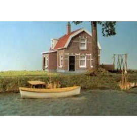 Holland scale 14  plattelandshuis met klompenhok H0