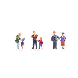 NOCH Noch 15930 The Meier Family in the winter (Gauge H0), 6 figures