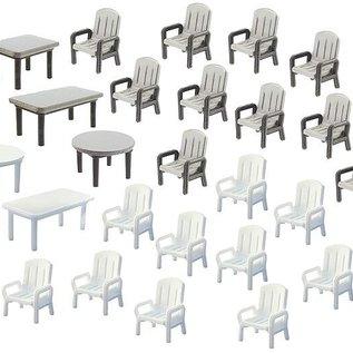 Faller Faller 272441  24 tuinstoelen en 6 tafels (Schaal N)