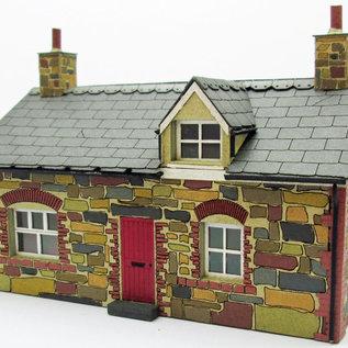 Ancorton Models Ancorton OOH2 Kleines Cottage mit Dachgaube (Spur H0/OO, lasercut)