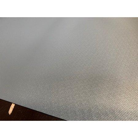 Serge Ferrari Stamoid F4703 680 gr/m2. Kleur: Grijs. Breedte 260 cm. Dubbelzijdige PVC coating, speciale finish met vuilwerend oppervlak. Grijze buitenkant met groene binnenkant.