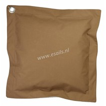 Kussen Latim Bruin 65x65 cm.