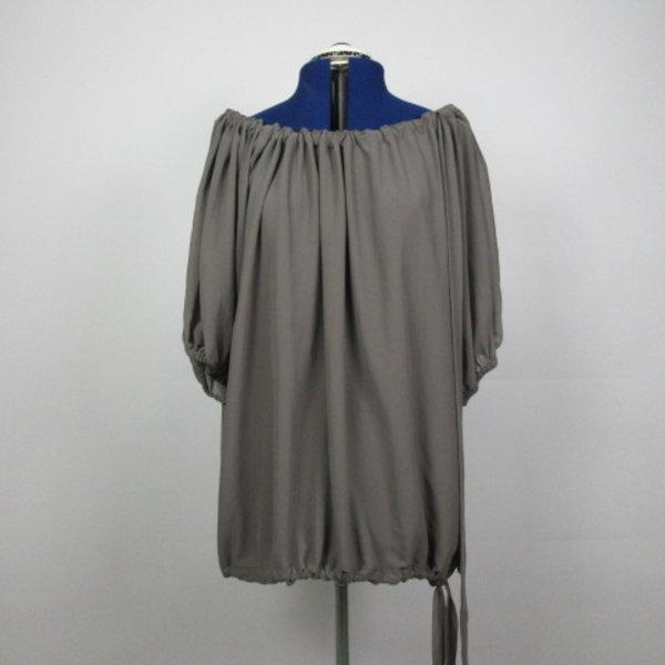 Grijze off-shoulder  blouse (36/38)