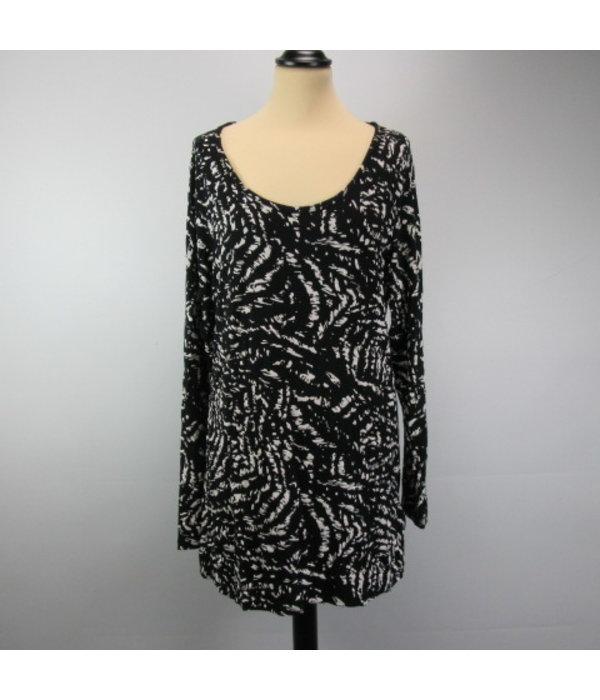 Tientje of minder Lange shirt (L)