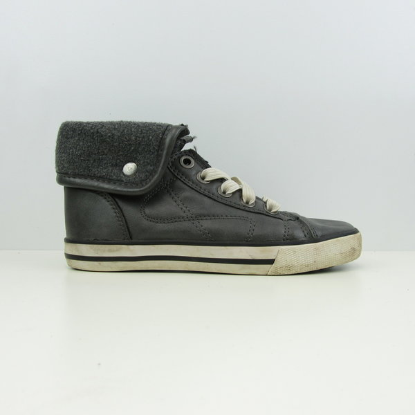 Grijze sneakers (28)