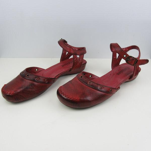 Rode sandalen (38)