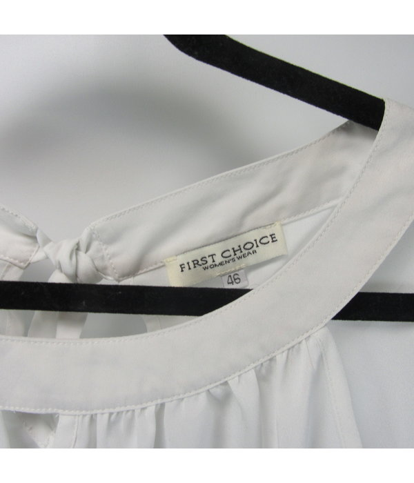First Choice White pearl blouse (46)