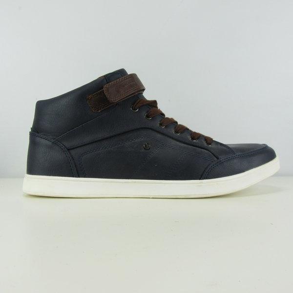 Sneakers (44)