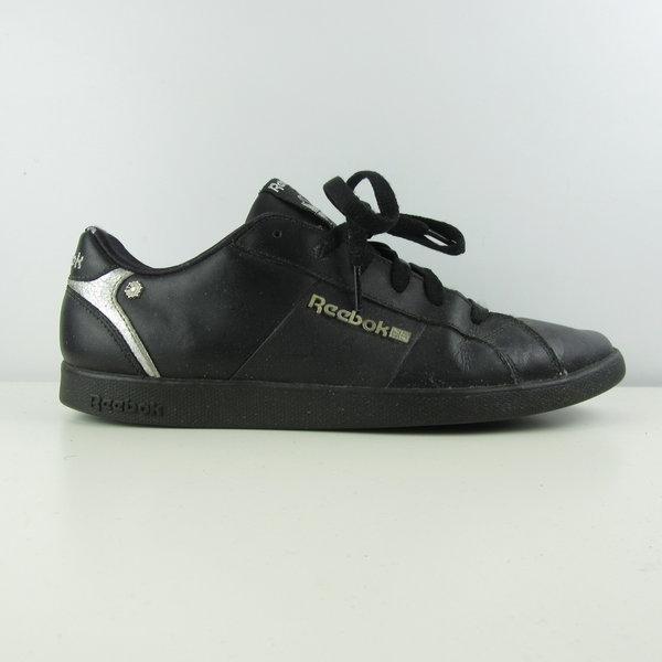 Sneakers (40)