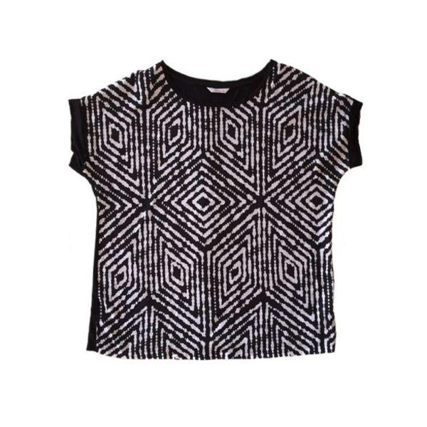 T-Shirt (48)