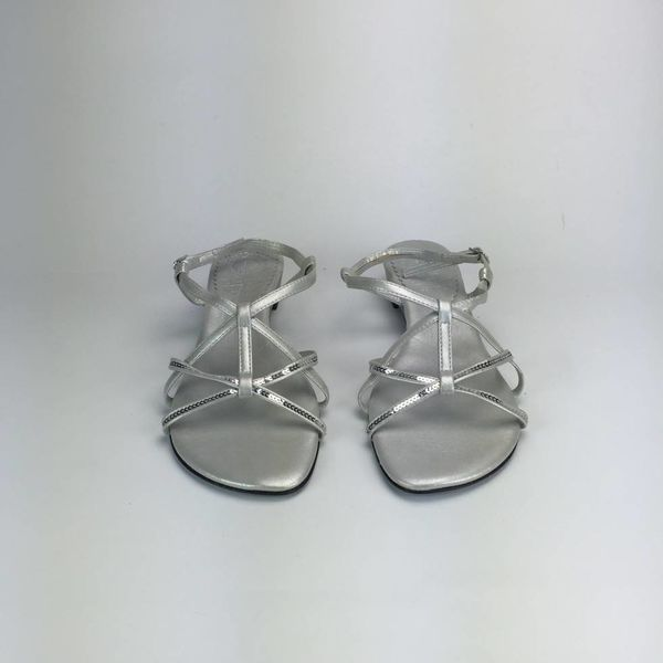 Zilvergrijze sandaaltjes (38)
