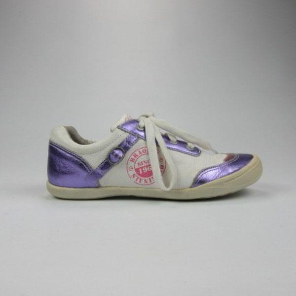 Sneakers (32)