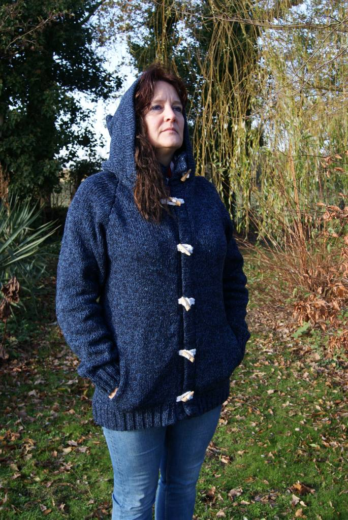 "Portugesewol Woolen cardigan with zipper and a piece of string closure ""Pego"""