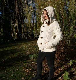 "Portugesewol Woolen cardigan ""Abrigada"" with cables and hat"