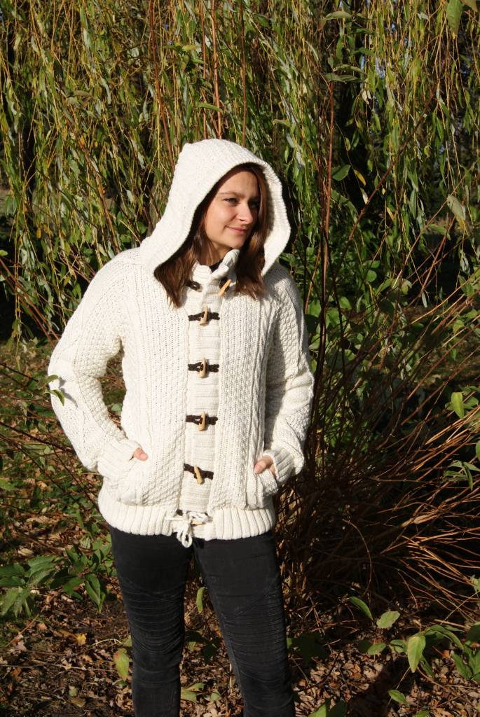 "Portugesewol ""Abrigada""woolen cardigan  with zipper, wood rope and hat"