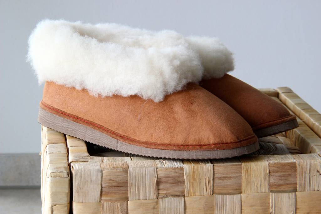 Original South Sheepskin slippers Original South