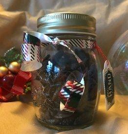 Gojibeere mit Zartbitterschokolade im Geschenkglas 100g