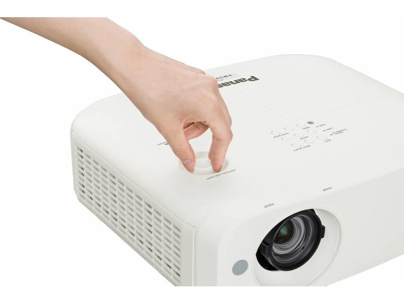 Panasonic Panasonic Full HD 16:10 mobiele beamer