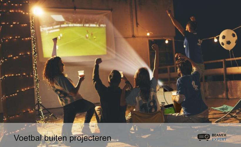 (Voetbal) Buiten projecteren