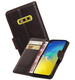 Zakelijke Bookstyle Hoesje Samsung Galaxy S10e Mocca