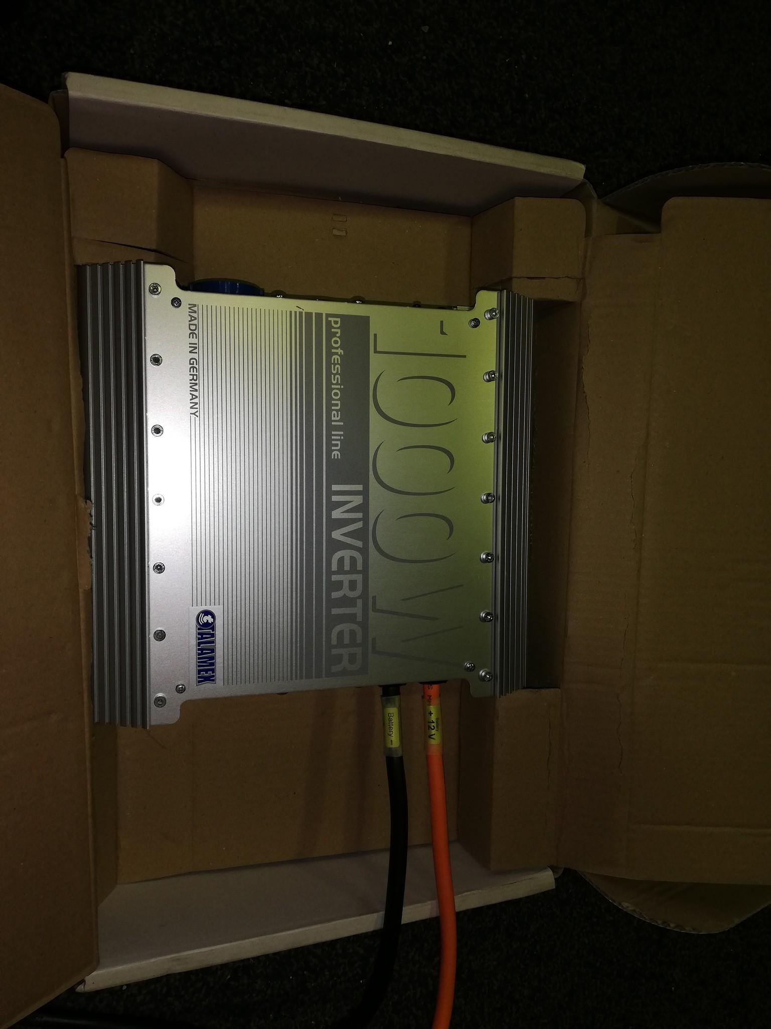 Talamex Omvormer 12V - 230V 1000W