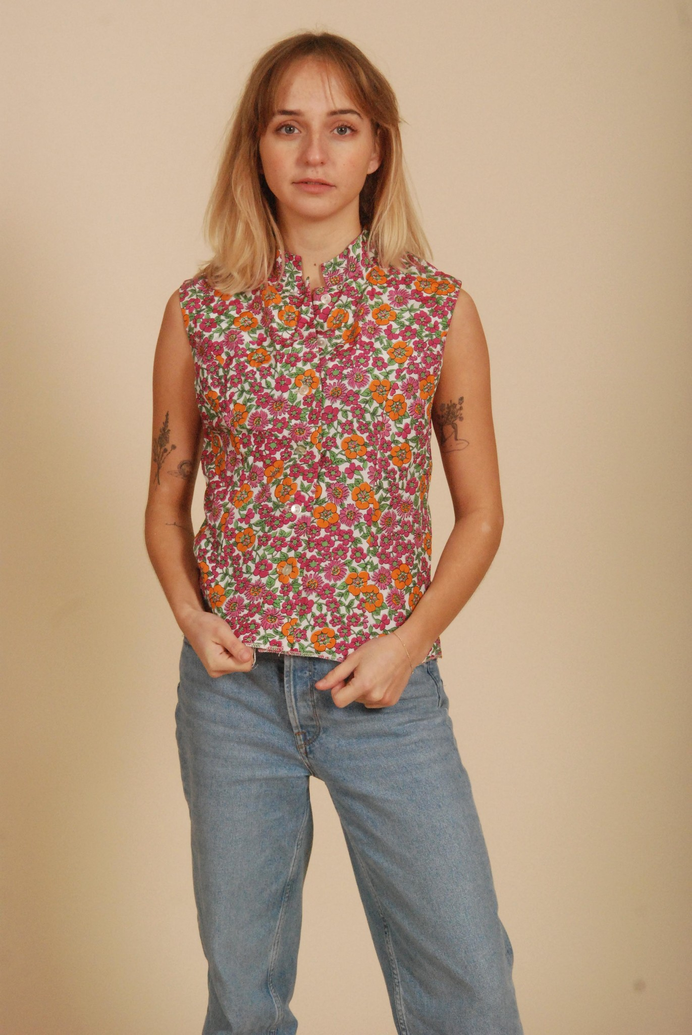 Sleeveless Floral 70's Top