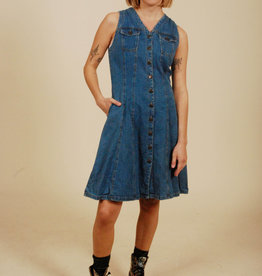 Classic 90s denim dress