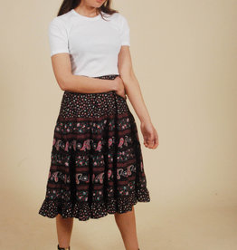 High rise 70s skirt with paisley print