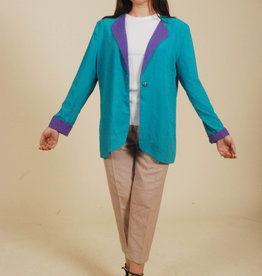 Blue 80s jacket with contrast collar