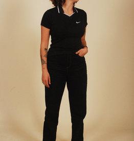 Black 90s Nike shirt