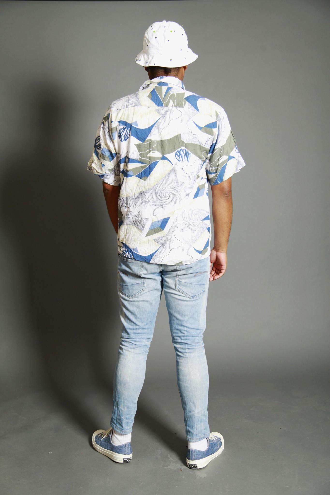 Printed 90s shirt