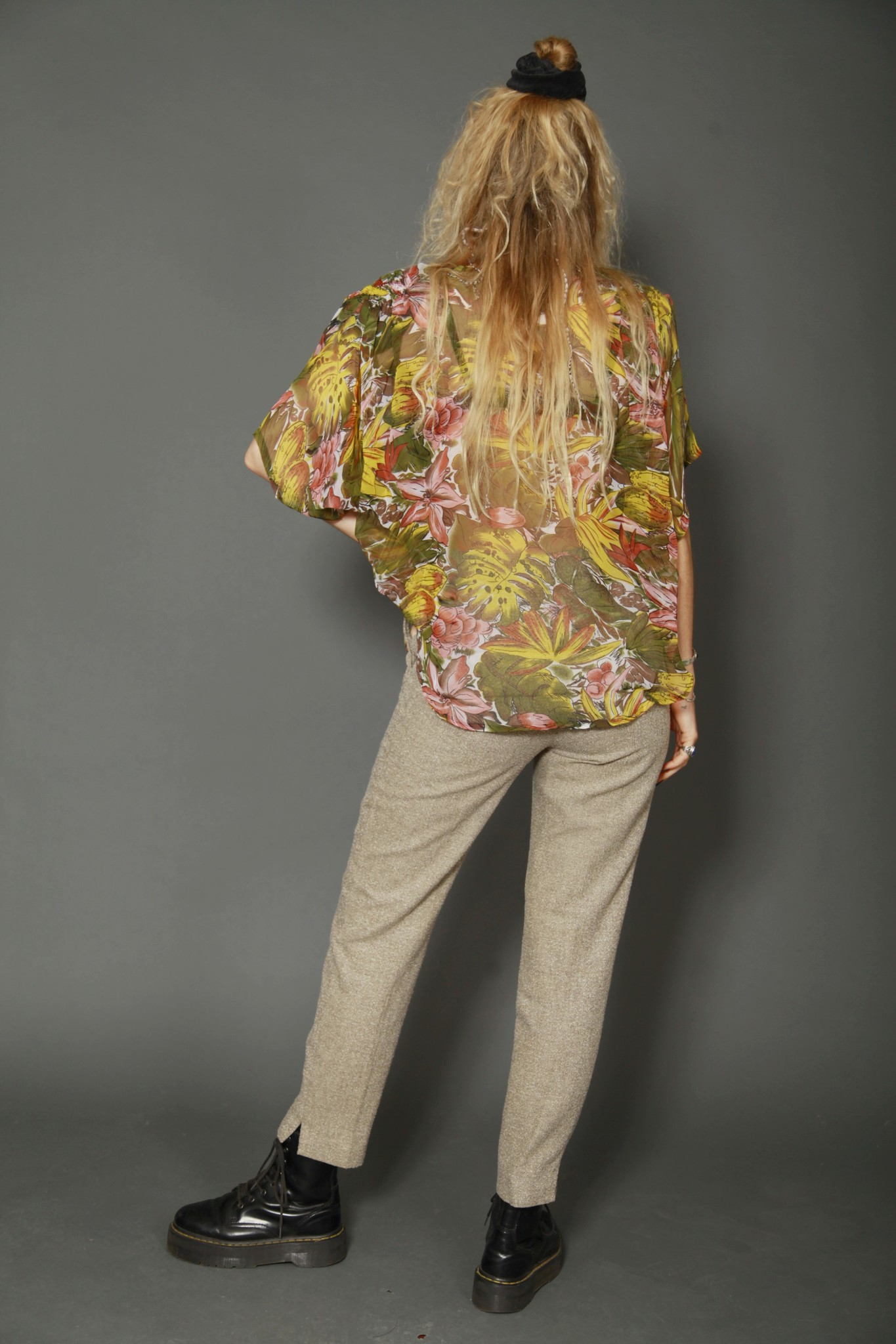Sheer 80s floral shirt