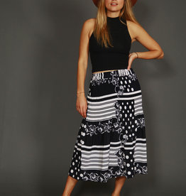 Pleated 80s midi skirt