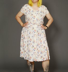 Floral 90s dress with all-over print