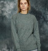 Cable knit pullover in green