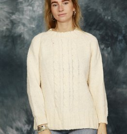 Cable knit pullover in off-white