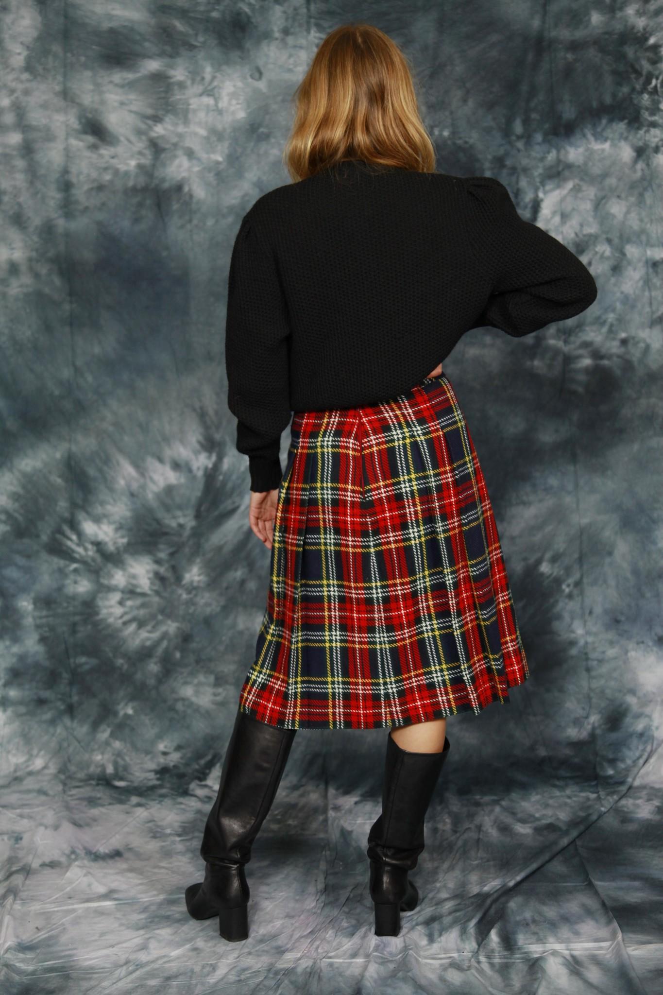 Classy wool skirt