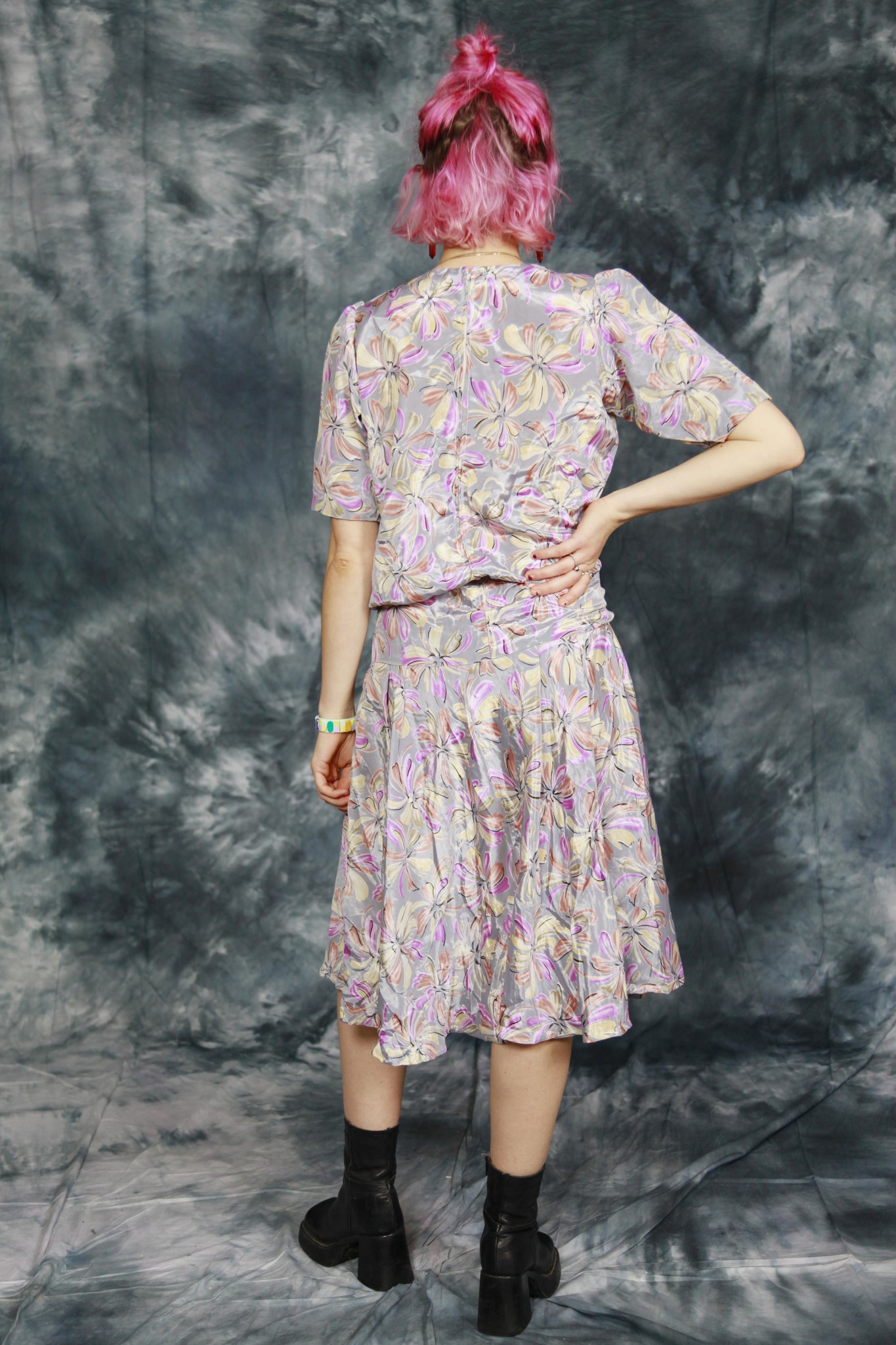 Classy floral dress with drop waist