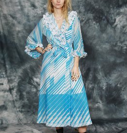 Sassy 70s wrap dress