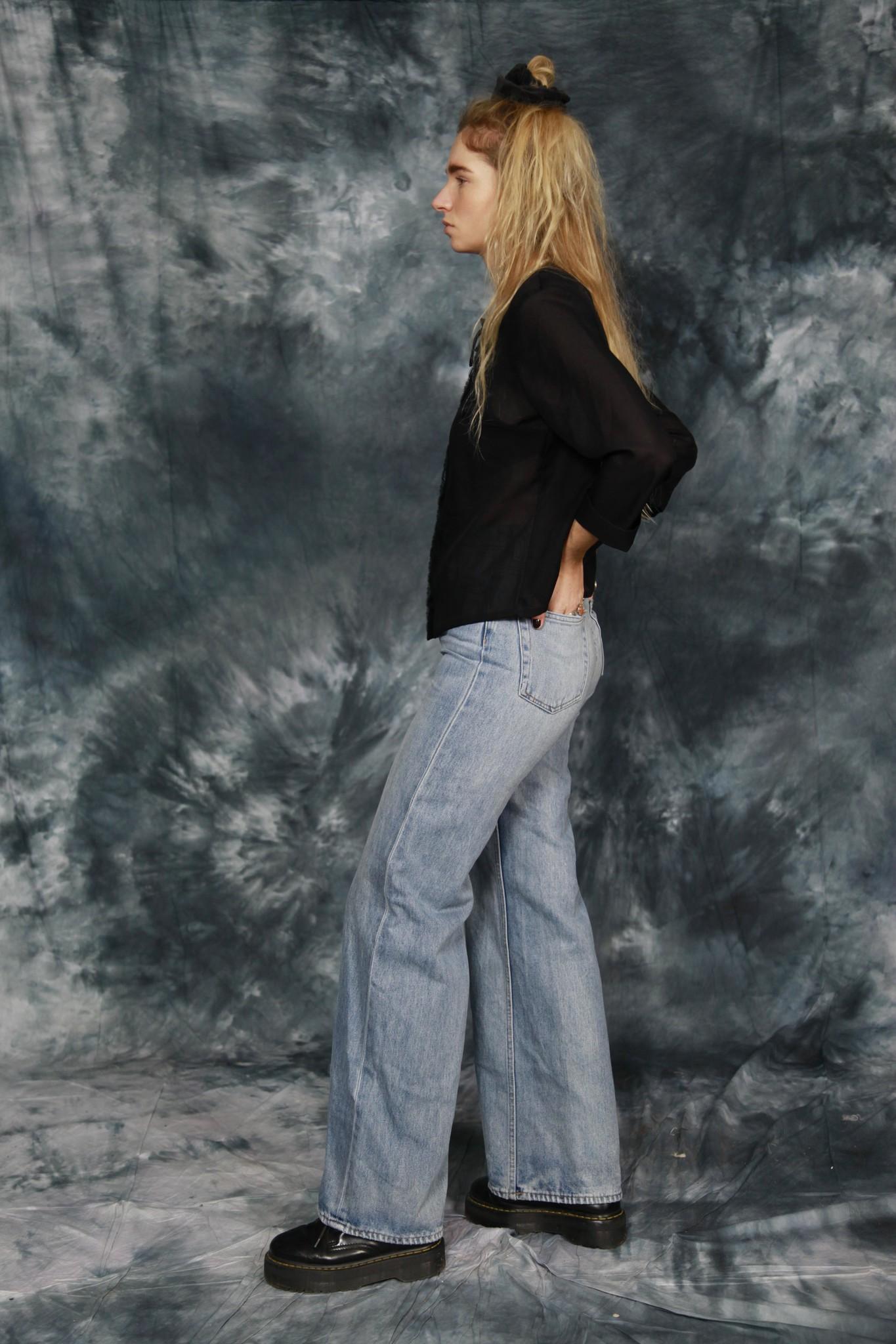 Classy 80s blouse in black