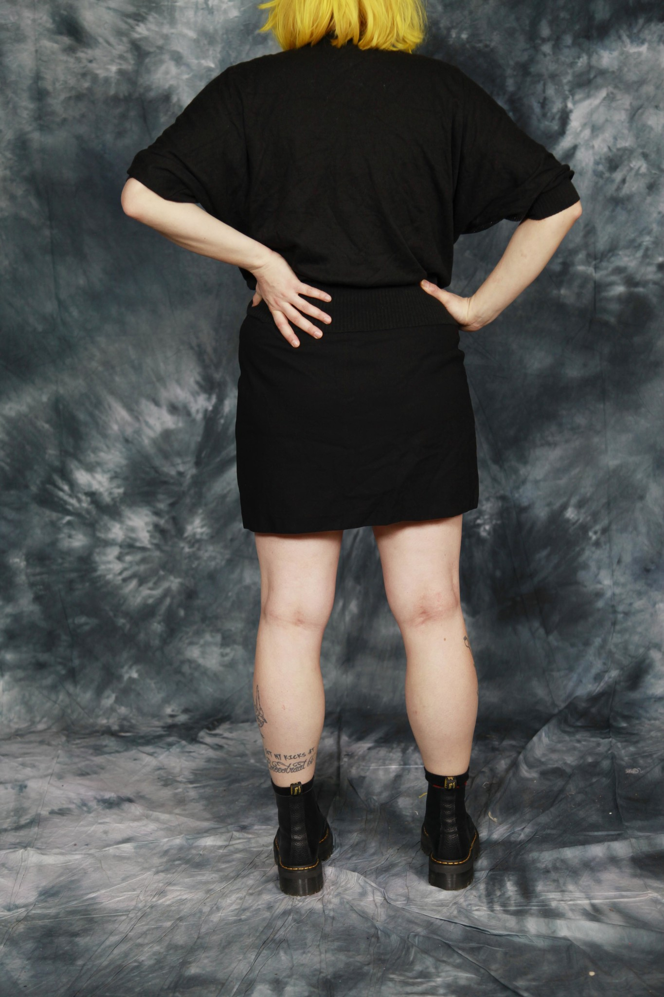 Black 80s stretch top