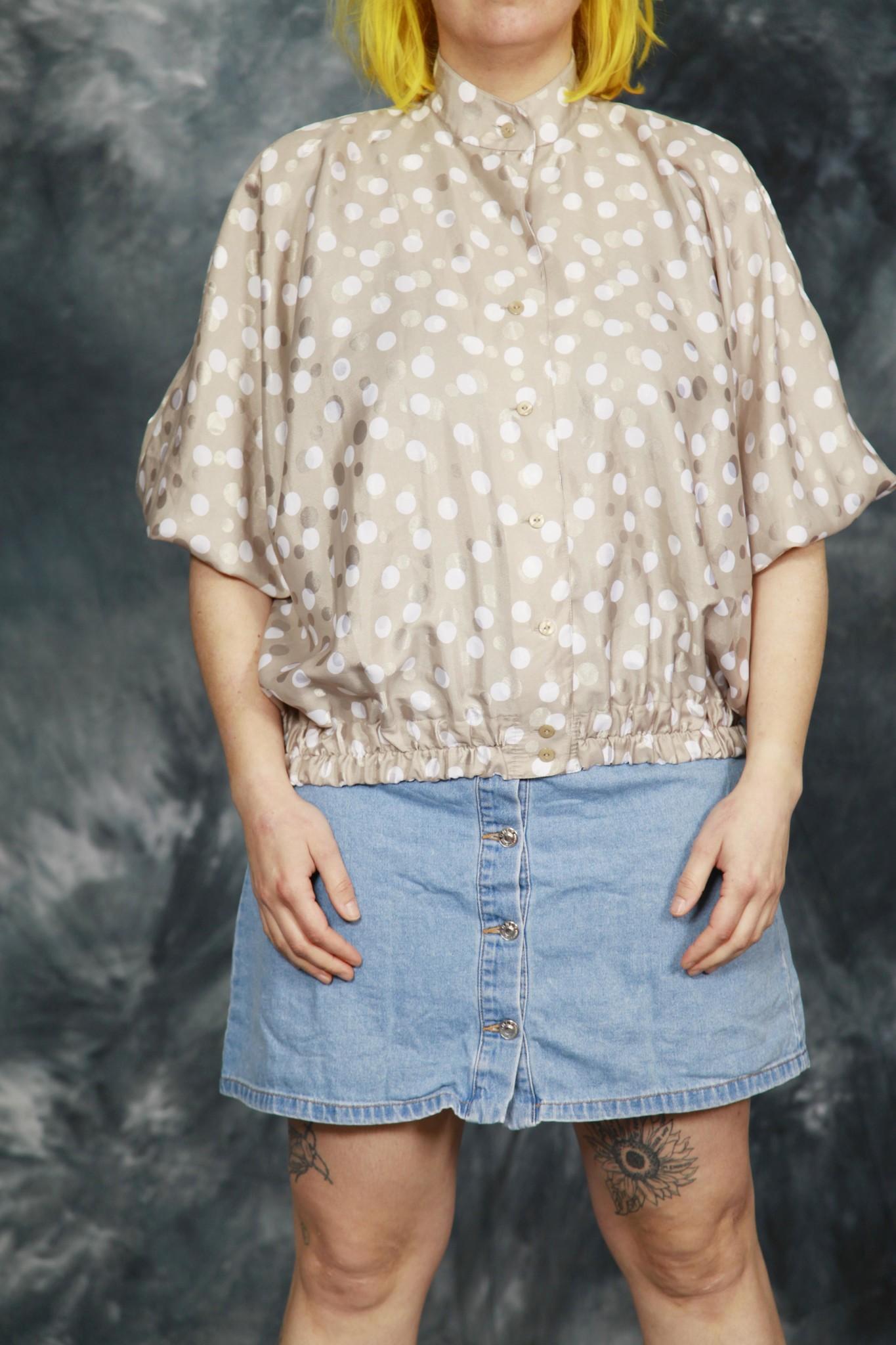 Grey 80s polka dot shirt