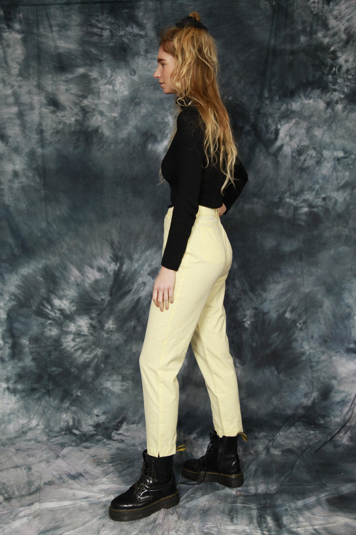 Printed 90s trousers